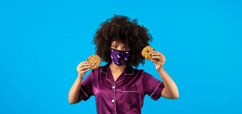 Insomnia cookies mouth pajamas